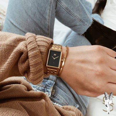 Reloj cuadrado de mujer MVMT. Relojería en Murcia