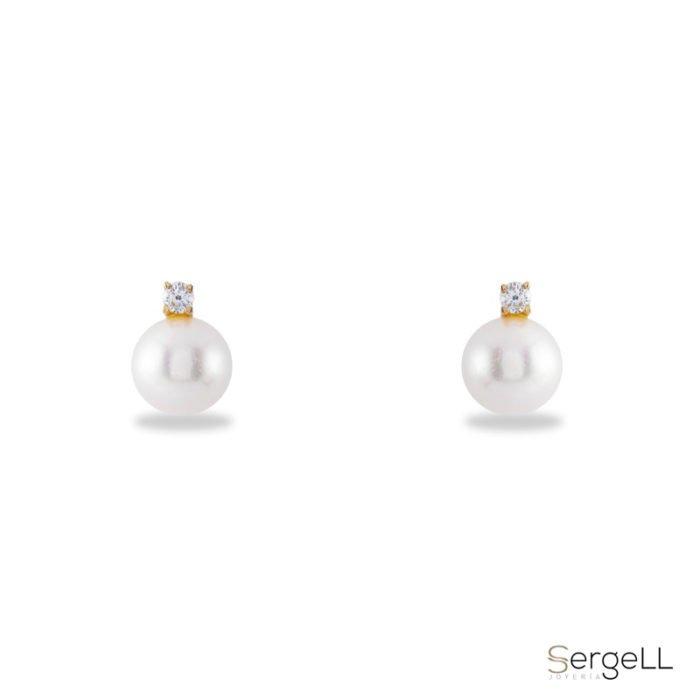 #Pendientes de mujer con perla #Complemento de mujer elegante #Pendientes de mujer en Murcia #comprar joyas de mujer en Murcia #una joya clásica de mujer #Women's earrings with pearl #Style woman's complement #Women's earrings in Murcia #buy women's jewelry in Murcia #a classic women's jewel #Joyas fabricadas en España #financiar la compra de joyas #Exclusive women's earrings #Gold earrings and zircons #Classy women's jewelry #Jewel manufactured in Spain #finance the purchase of jewelry #Pendientes de mujer oro amarillo Madrid #Pendientes de mujer oro amarillo Barcelona #Pendientes de mujer oro amarillo Sevilla #Pendientes de mujer oro amarillo Zaragoza #Pendientes de mujer oro amarillo Granada #Pendientes de mujer oro amarillo Bilbao #Pendientes de mujer oro amarillo Palma #Pendientes de mujer oro amarillo Valencia #Pendientes de mujer oro amarillo la coruña #Pendientes de mujer oro amarillo Tarragona #Pendientes de mujer oro amarillo León #Pendientes de mujer oro amarillo Salamanca #Pendientes de mujer oro amarillo Burgos #Pendientes de mujer oro amarillo San Sebastián #Pendientes de mujer oro amarillo Toledo #Pendientes de mujer oro amarillo Albacete #Pendientes de mujer oro amarillo Pamplona #Pendientes de mujer oro amarillo Alicante #Pendientes de mujer oro amarillo Valladolid #Pendientes de mujer oro amarillo Cáceres # Pendientes de mujer oro amarillo Santa Cruz de tenerife #Pendientes de mujer oro amarillo Badajoz #Pendientes de mujer oro amarillo Vitoria #Pendientes de mujer oro amarillo Avila #Pendientes de mujer oro amarillo Lérida #Pendientes de mujer oro amarillo Cuenca #Pendientes de mujer oro amarillo Teruel #Pendientes de mujer oro amarillo Cádiz #Pendientes de mujer oro amarillo Oviedo #Pendientes de mujer oro amarillo Logroño #Pendientes de mujer oro amarillo Gerona #Pendientes de mujer oro amarillo Gijón #Pendientes de mujer oro amarillo Segovia #Pendientes de mujer oro amarillo Castellón de la plana #Pendientes de mujer oro amarillo jaén #PPendien