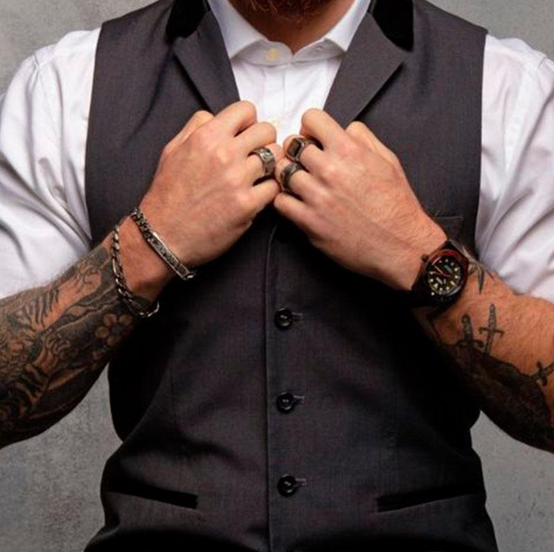 Joyas diseño italiano hombre, joyas originales hombre, joyeria para hombre, marcas de joyas para hombre, joyas para el, joyas de hombre, joyas para hombre, joyeria masculina, joyeria hombre