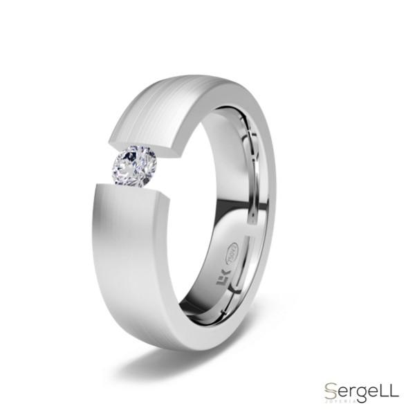 #comprar anillo de compromiso online #Solitario brillante en tensión #solitario engaste tension #anillos de compromiso en marbella #joyerias puerto banus #brillante tension